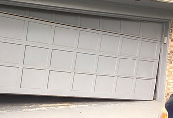 Garage Door Off Track | Garage Door Repair Cedar Park, TX